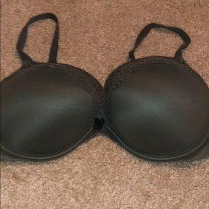 38DD green VS bra